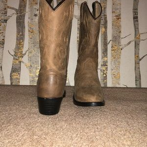 Cody James cowgirl boots